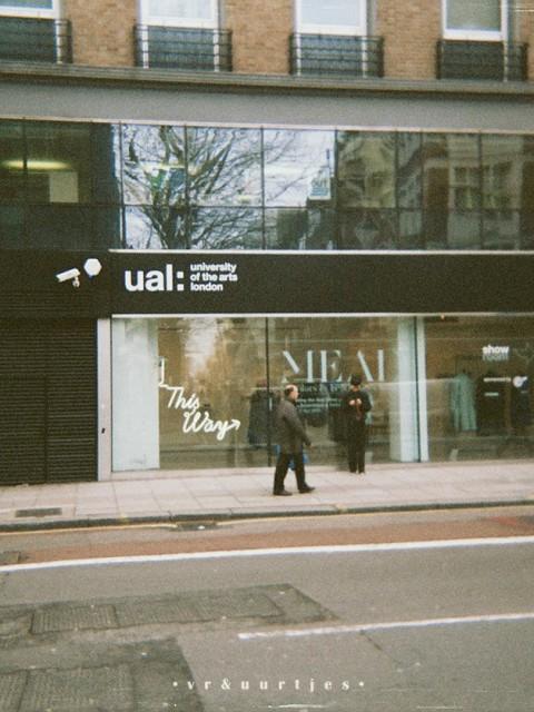 London, this way, art